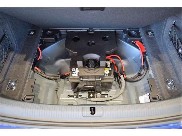 保証期間終了後も、一ヶ月以内に限りパワーステアリング、ブレーキ、タイヤ、バッテリー等を無料で点検致します。※修理が必要な場合の費用は、お客様のご負担となります。