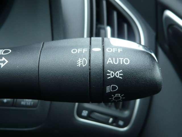 長距離ドライブを快適に【オートライト】