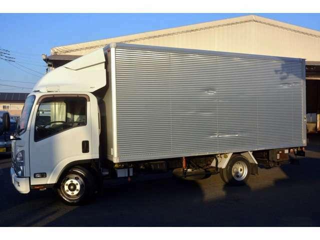 当店の在庫をご覧き有難うございます。当社はバン・トラックの専門店です。専門知識を活かし、丁寧な説明・販売を心がけております。どうぞ宜しくお願い致します。フリーダイアル0066-9711-212393問合わせ下さい。