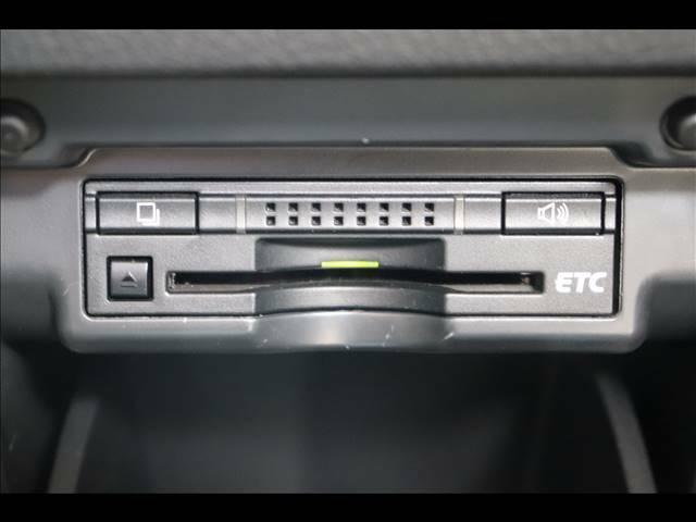 ビルトインETCを装備。