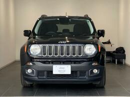 Jeep伝統の丸形ヘッドライトを採用しております。