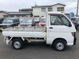ガラスコーティングは20,000円から承っております。※車種により価格が変わります。、その他、安心整備パック等お得なオプションも揃えています。