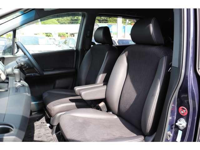 座り心地の良い運手席で長距離運転も楽々です。