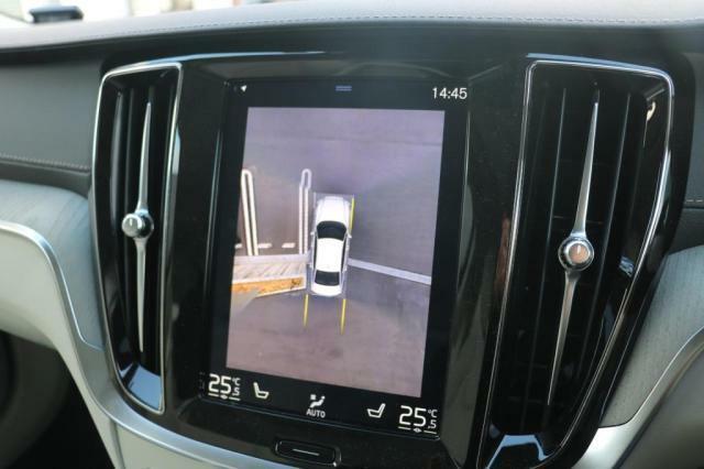 360°ビューカメラ、IDIS(インテリジェント・ドライバー・インフォメーション・システム)RSI(ロード・サイン・インフォメーション)