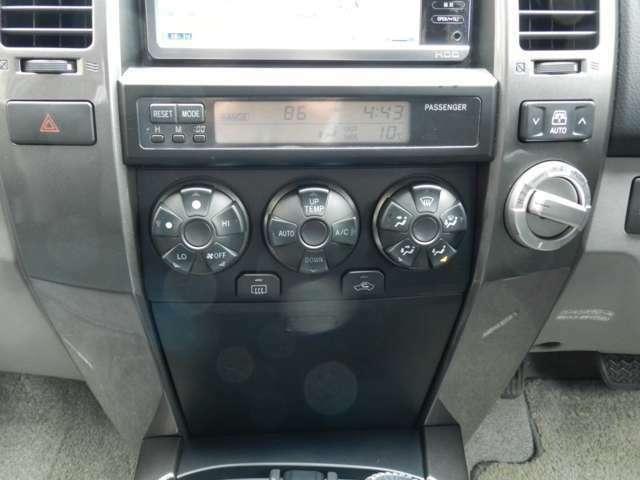 2WD→4WD切り替え式のパートタイム4WD!場面に応じて切り替え可能なのでとっても使い勝手が良いです☆