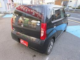 店舗敷地内に駐車スペースもございます。お車でのご来店をお考えの方はご安心下さい。