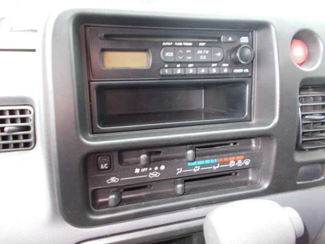 CD/AM/FMラジオ