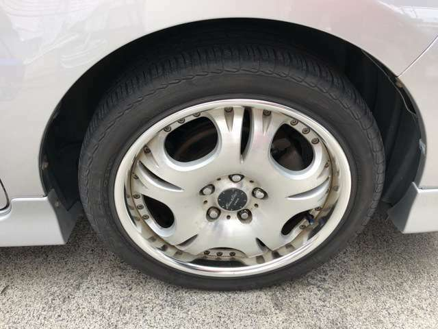 タイヤの山もばっちりです☆