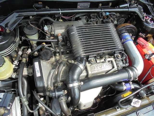 フロントタワーバー! HKSエアクリーナー!4E-FTEエンジン! 出力135ps(99kW)/6400rpm ! トルク16.0kg・m(156.9N・m)/4800rpm!