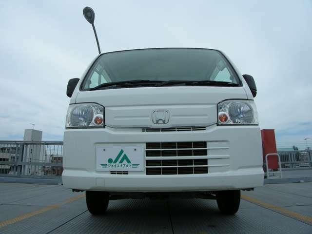 当店の中古車はすべて国家資格を持ったスタッフが心をこめて整備いたします。
