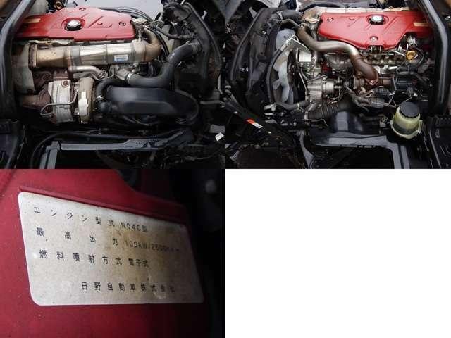 【エンジン部】信頼性の高い日野製エンジンです♪