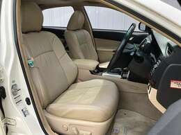 ●革調シートカバー フロントシートは目立つキズや汚れなども少なくキレイな状態となっております♪
