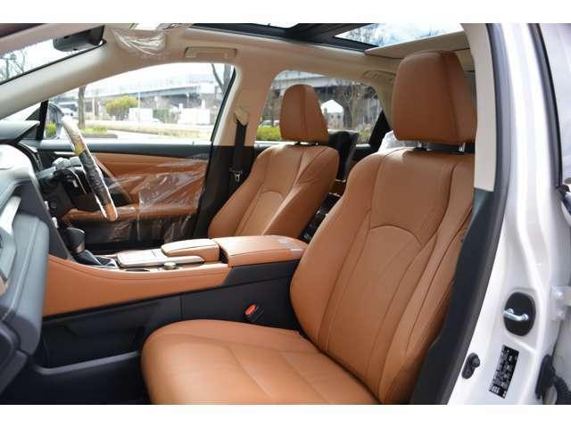 ■内装色の変更もOK■新車で選択可能な車種に限られますが、内装色を「ブラック」「ブラウン」など純正設定内装色からお選びいただける車種は、当社でもお選び頂けます!詳しくはスタッフまでお尋ねください。