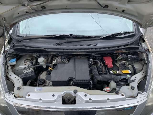 エンジンはタイミングチェーン式となります。 この車両に搭載のK6A型エンジンはスズキのメインエンジンとなり、ワゴンRをはじめ、ジムニーやアルトなど幅広い車種に使用されている信頼性の高いエンジンです!
