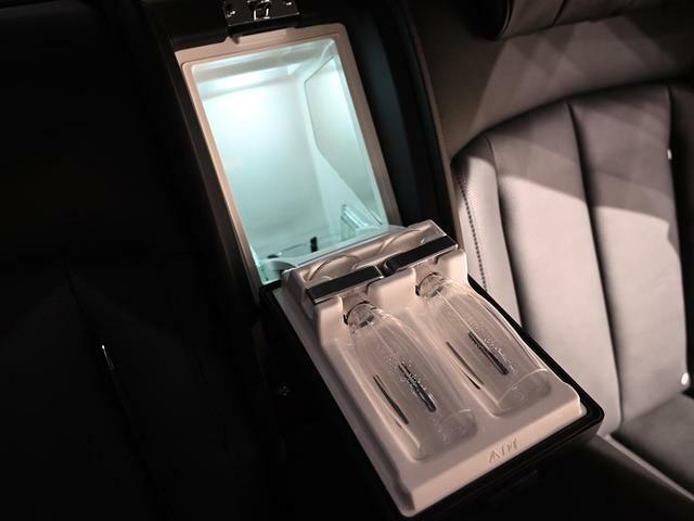 リヤクールボックス装備