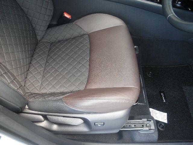 上質な素材のシートがオーナーを迎えてくれます。ご満足いただけると思います。