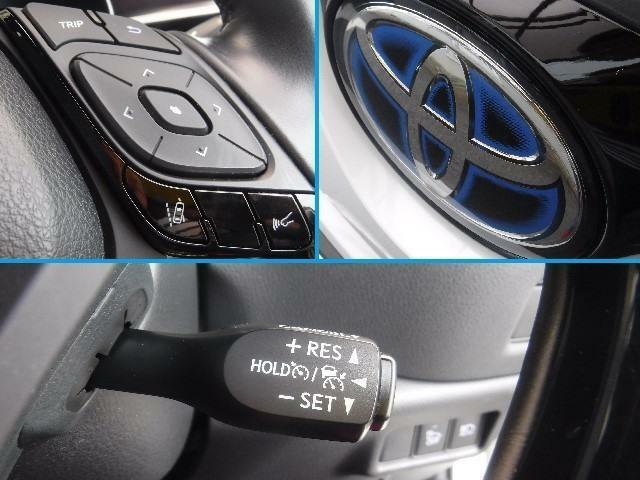 エンブレムの奥に予防安全装置のセンサーが搭載されています。「クルーズコントロール」アクセルを踏み続けることなくセットした一定速度を維持する機能です、運転者の疲労軽減に寄与します。