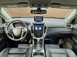 SUVならではの高いアイポイントが魅力的です!ブラックレザーシート内装なので高級感あふれる一台をぜひご検討ください!