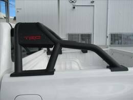 TRDスポーツバー付き!トラックもカスタム1つでカッコいいお車になります!