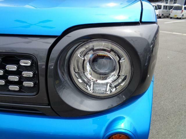 LEDヘッドランプで夜間ドライブも快適です♪