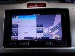 【ナビゲーション】 カロッツェリア製AVIC-RZ300ナビを装備しております~!インパネ内にスッキリとビルトイン装着されておりますので、運転時に視界の妨げになる事もありませんよ♪