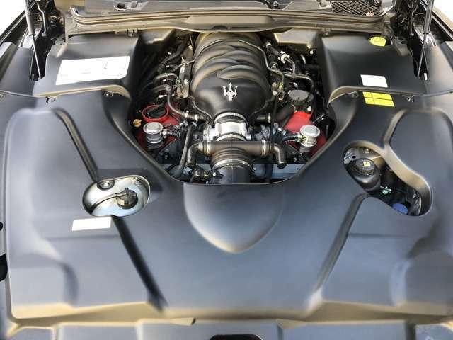 フェラーリ製4700ccV8エンジン!!グランツーリズモの鼓動を感じて下さい!!