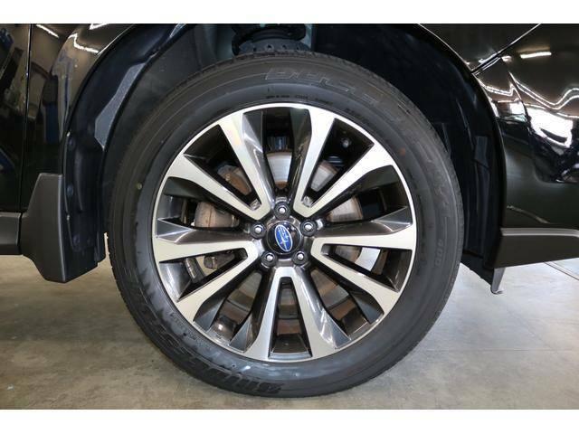18インチ純正アルミホイール装着◆タイヤサイズ:225/55R18 新品タイヤ装着済みです!