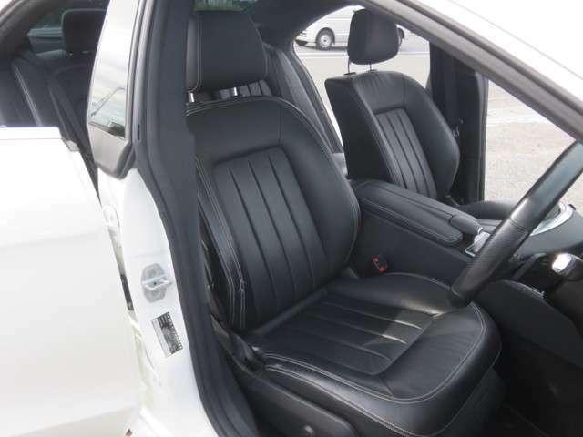 希望プレート、内装クリーニングを受け付けております。大好きなお車で尚且つきれいなお車には愛着がわきます!