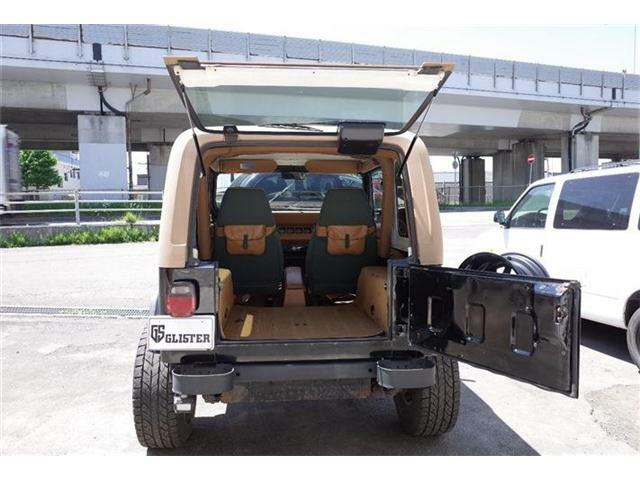 次に上の窓をあげます☆インスタ(@glister-Sapporo)ホームページ(glister-Sapporo.com)こちらの方もチェックしてくださいね☆