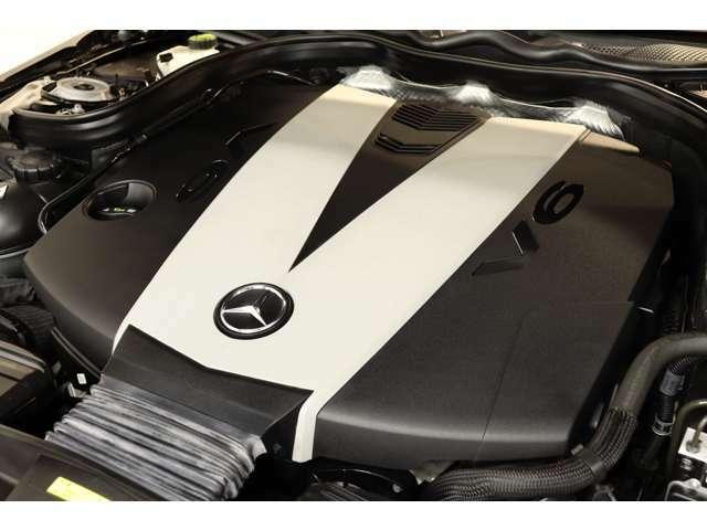 3,000cc V型6気筒DOHC搭載ディーゼルターボエンジンを搭載!カタログ値211psを発生する心臓部が力強い走りを実現!7GトロニックPLUSによるスムーズな加速も魅力的です!