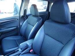 モーターネットは各種損保代理店です。お客様とお車の安全をお守りするため、任意保険も承ります。無料お見積り致しますのでご相談下さい。新たなカーライフに、一層の安心をご提案☆