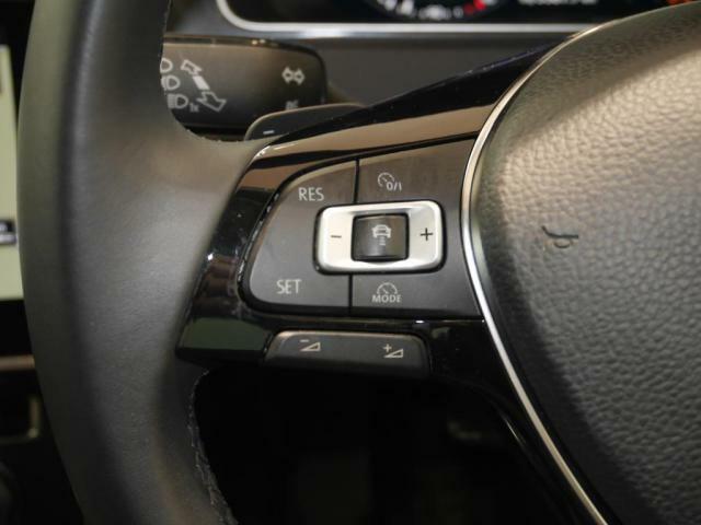 全車速域追従型アダプティブクルーズコントロールを装備。