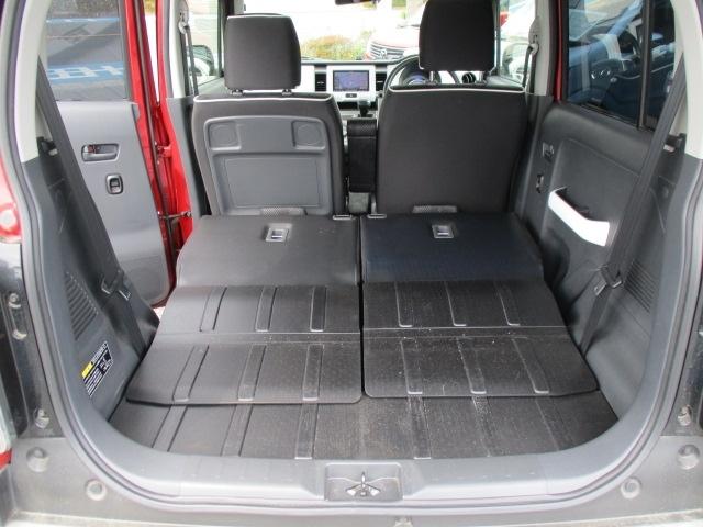 ■後席を全て倒せば大容量の積載スペースが誕生します。