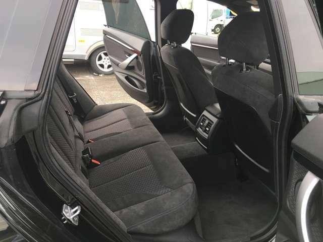 GTはセダンやステーションワゴンに比べて2回りほどボディが大きく設計されており、そのため後席がかなり広くなっております。