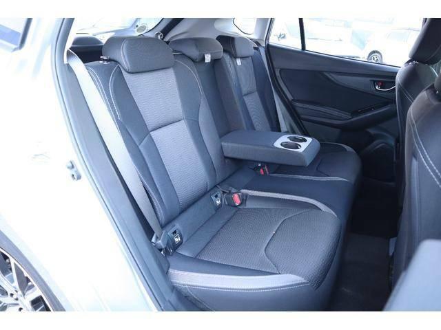 後席の広さと快適性をぜひ実車にてお確かめください。