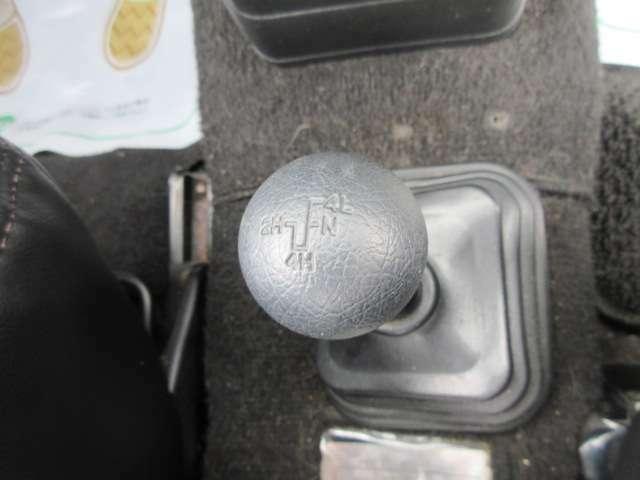 【全車クリーニング済み】ルームクリーニング施工してます!フロントシートも、もちろん汚れや破れも無く非常に良いコンディションです☆