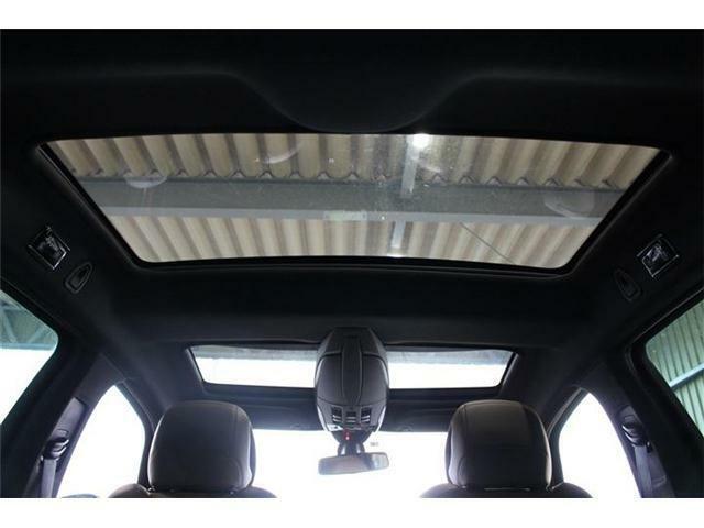 【ガラスルーフ搭載】開放感あふれる装備で車内も明るく、ドライブもより一層お楽しみいただけます!無料お電話でのお問い合わせは0066-9711-071628になります!