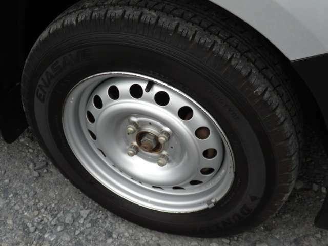 タイヤ交換お気軽にご相談ください。詳しくは090-3241-9473。ブリジストン・トーヨー他。冬の前にはスタッドレスのキャンペーンもございます。