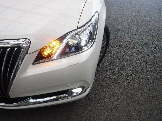 LEDヘッドライトが安心という明かりを灯してくれます。