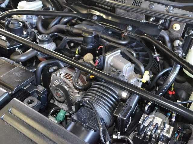 タイプRSは専用エンジンアンダーカバー、ツインオイルクーラーを標準装備☆