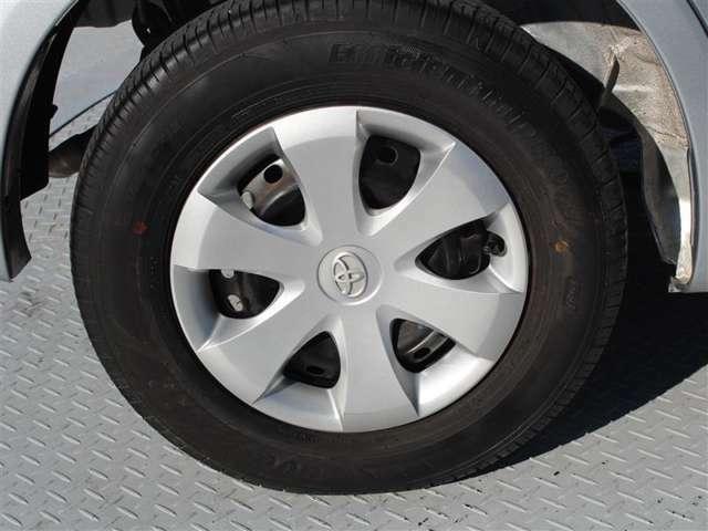 タイヤサイズは155/60R13!残り溝は5ミリ程度です!