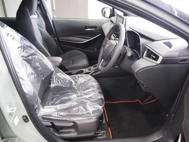 登録済み未使用車/特別仕様車用フロアマット(¥30,800-)