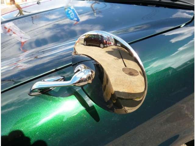 Bプラン画像:ミラジーノに人気のフェンダーミラーの取付パックです。もちろんドアミラー部分の目隠しもついています。