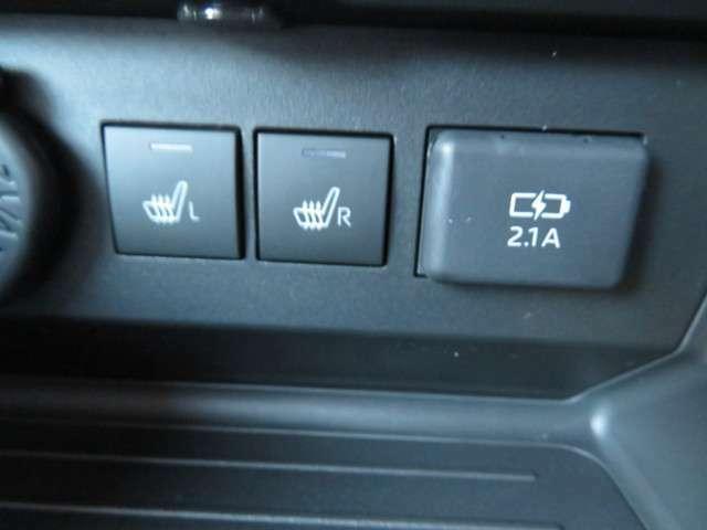 ☆シートヒーター付き☆運転席、助手席には、座面が温かくなるシートヒーターを採用、寒い日でも暖かく、快適ドライブをお約束します。