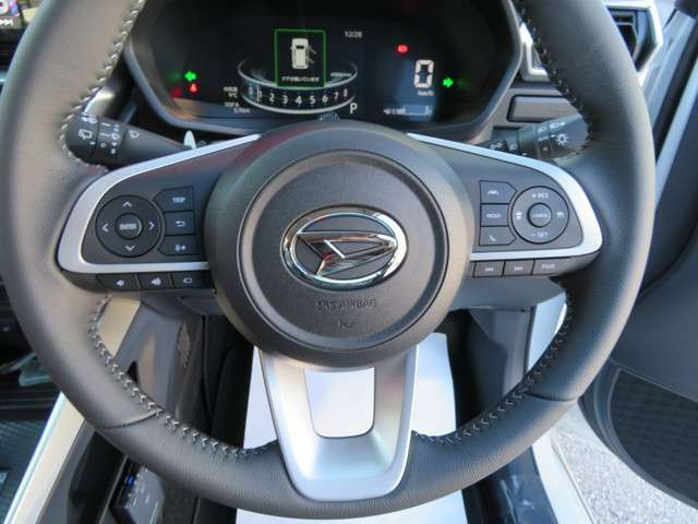 見やすく運転し易いメーター、パネル周り、エンジンの 調子良く、加速感良く軽い走りを約束、メンテナンスの行き届いたお奨めのロッキーです。
