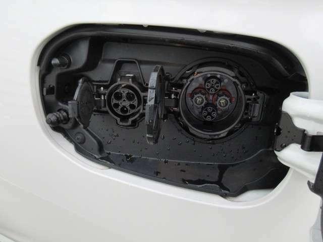 普通充電と急速充電を上手に使って燃費をかせごう