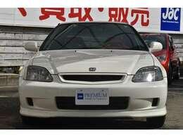 チャンピオンシップホワイトのEK9の入庫です!後期最終モデル!外装内装共に申し分ないお車です!