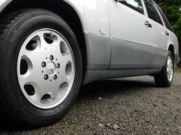 ローダウンとAMGホイール、タイヤは、車検時交換