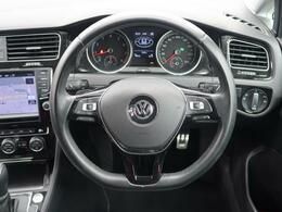 現代のVWの顔ともいえるGolf。なめらかな走りはもちろん安全性も充実させ、あなたのドライブに安心と楽しみを提供します。