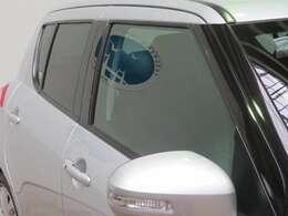 ドアバイザーの取り付けなどディーラーオプションは営業までお問い合わせください。